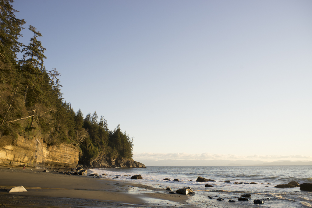 Ocean side along Juan de Fuca trail, Vancouver Island